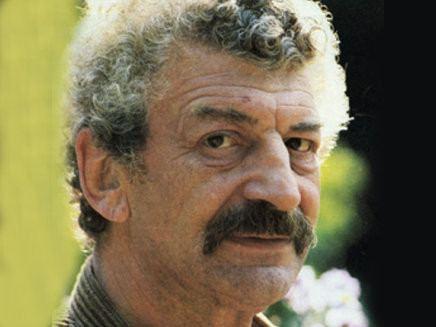 Yves Robert Yves Robert Selenie