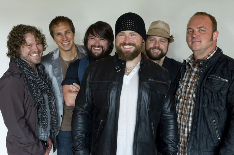 Zac Brown Band Charitybuzz 2 Tickets and an quotEat and Greetquot With the Zac