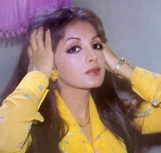 Zaheera Zaheera Film Actress Onenovin