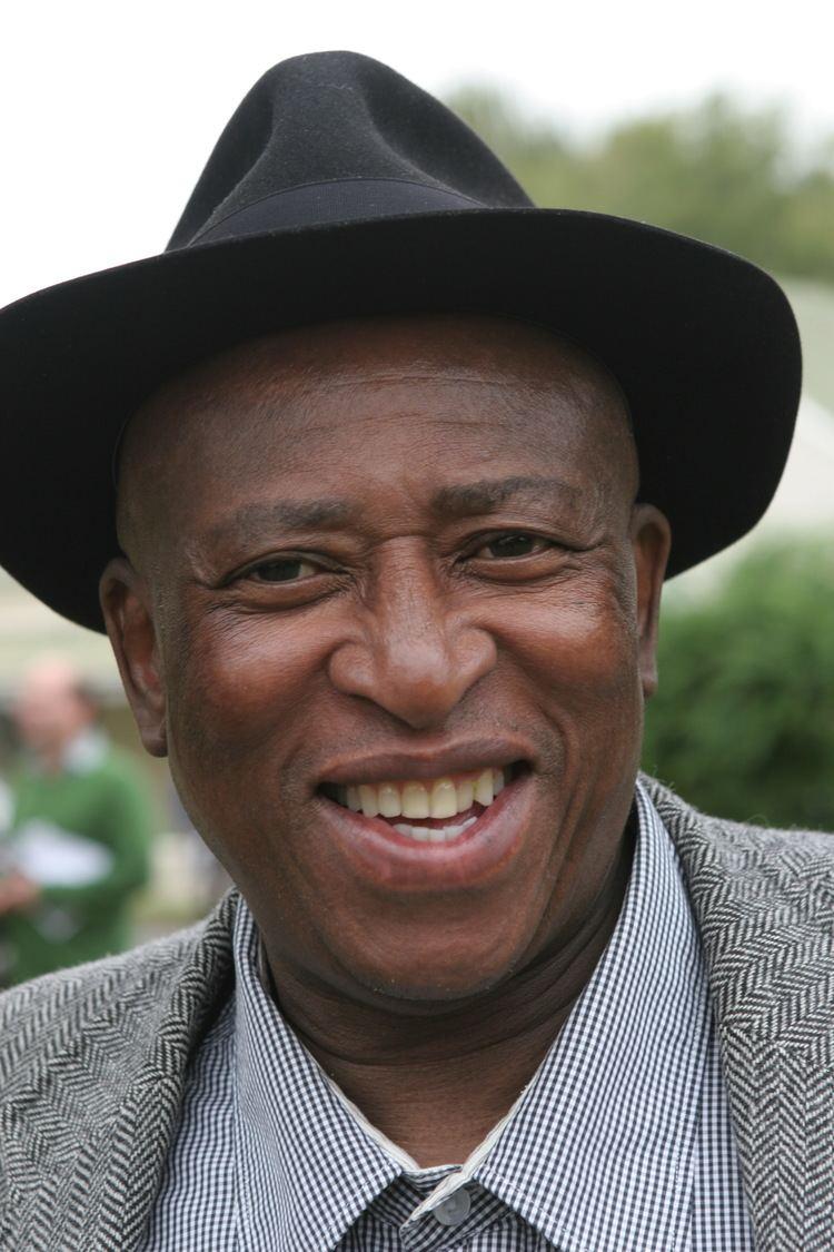 Zakes Mda Gustavus to Host South African Writer Dr Zanemvula Mda