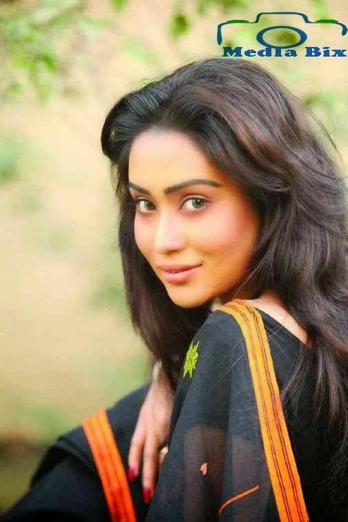 Zakia Bari Momo Bangladeshi Actress Zakia Bari Momo Biography and