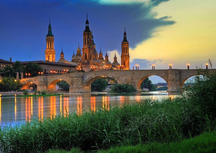 Zaragoza httpsuploadwikimediaorgwikipediacommonscc