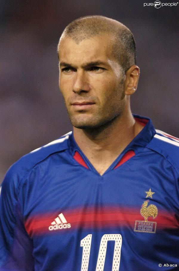 Zinedine Zidane Zinedine Zidane on Pinterest Real Madrid Ac Milan and