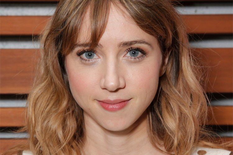 Zoe Kazan I hate the word 39quirky39 Zoe Kazan on being an indie