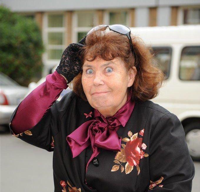 Zofia Merle Wielki powrt pani Steni Znowu zamiesza w quotKlanie