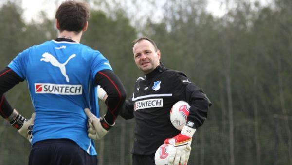 Hertha Berlín despide a entrenador de portero por comentarios homofóbicos y xenófobos
